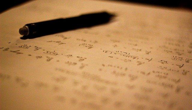 数式とボールペン